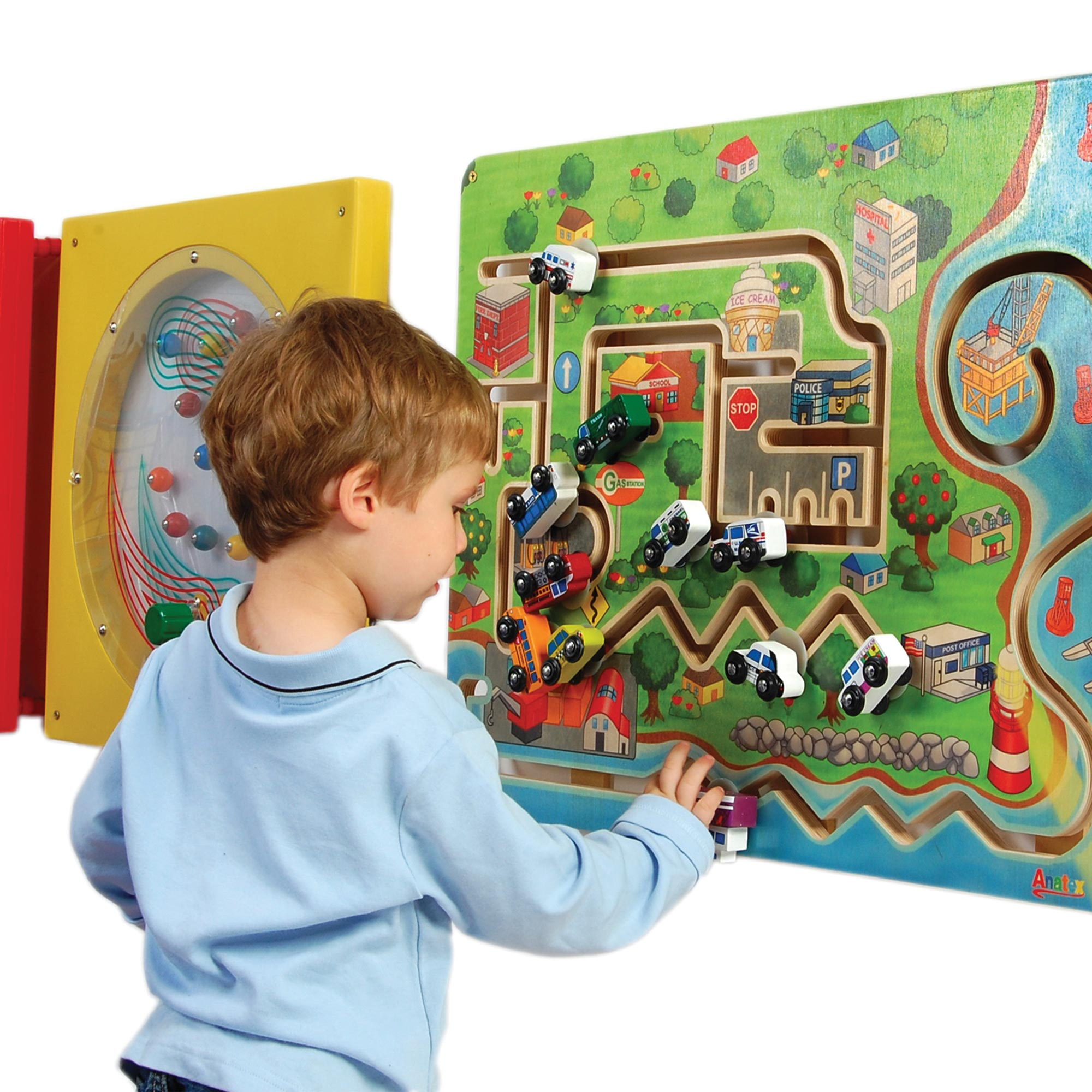 WALL MOUNTED PLAY SYSTEMS